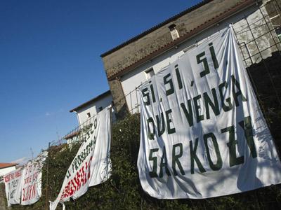 Pancarta racista en el pueblo de La Arboleda.H. Bilbao