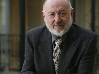 Juan Eslava Galán.