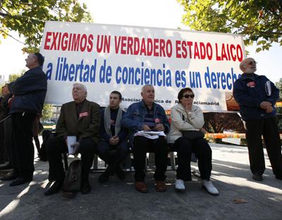 El lider de Izquierda Unida Cayo Lara en el acto Convocatoria por un estado Laico.