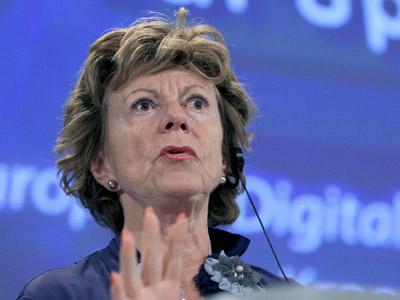 La comisaria de Telecomunicaciones, Neelie Kroes, en una imagen de archivo.EFE