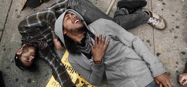 Occupy Wall Street también ha salido a la calle para denunciar la impunidad de los crímenes raciales. Carlo Allegri (REUTERS)