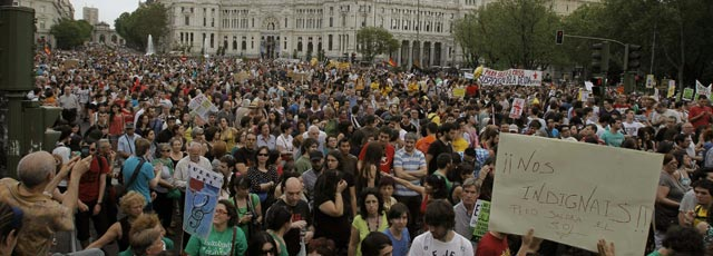 En directo los indignados vuelven a tomar las calles fotos for Puerta del sol hoy en directo