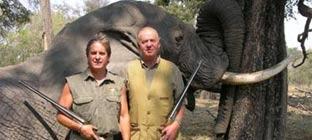 Adena impide que un cazador de elefantes sea su presidente de honor