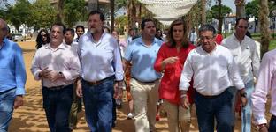 """Rajoy critica en el Rocío que estemos pensando siempre """"en lo material"""""""