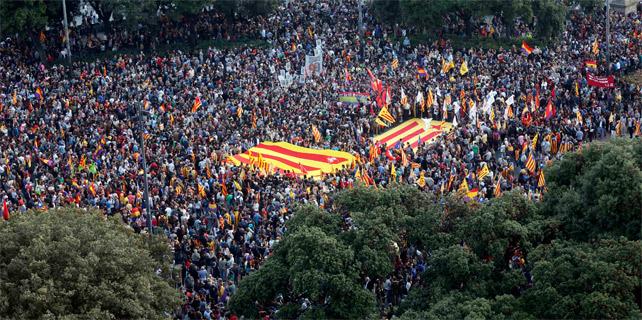 Abdica el rey de España 1401738221419barcelona-642